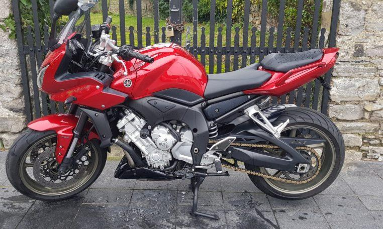 2008 Yamaha Fz1 - Moto 4u