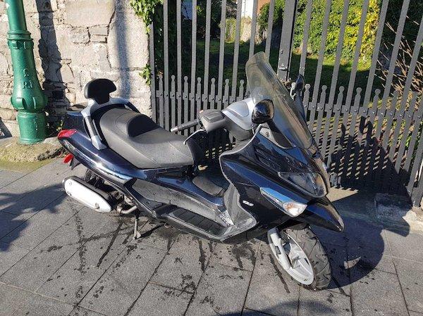 Piaggio Xevo 125 - Moto 4u